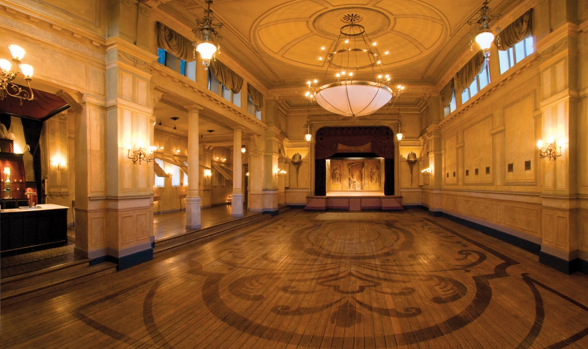 1-theater-palais-de-plume