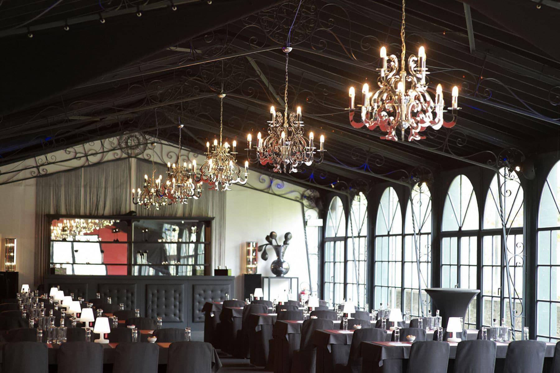 10-belgium-orangerie-palais-de-plume